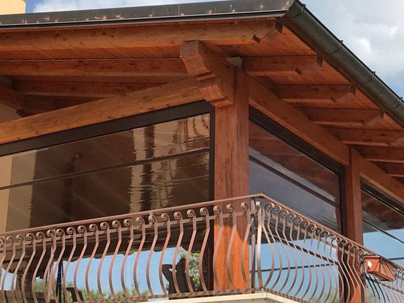 Tende Veranda Cristal : Chiusura veranda con tende verticali in cristal